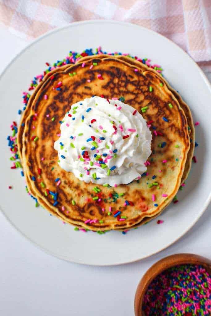 giant funfettti pancakes